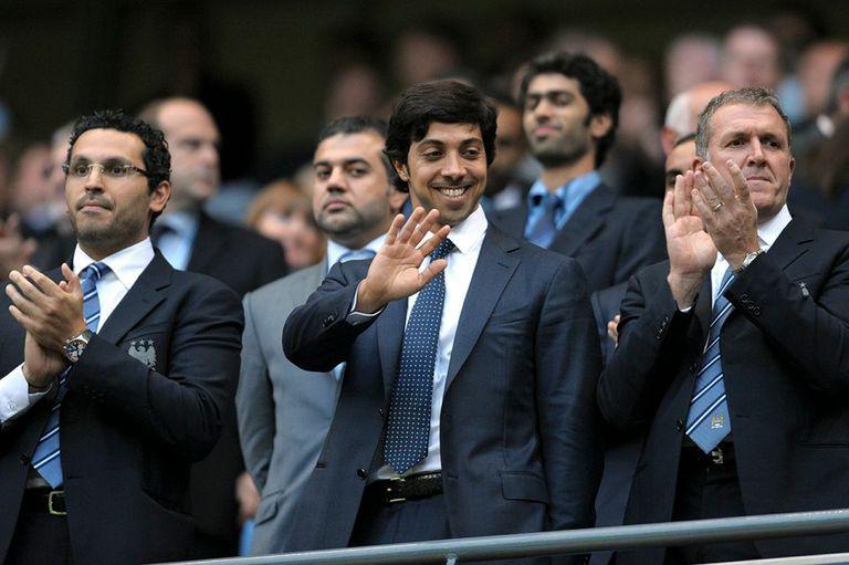 La extravagante y millonaria vida del jeque árabe dueño del Manchester City