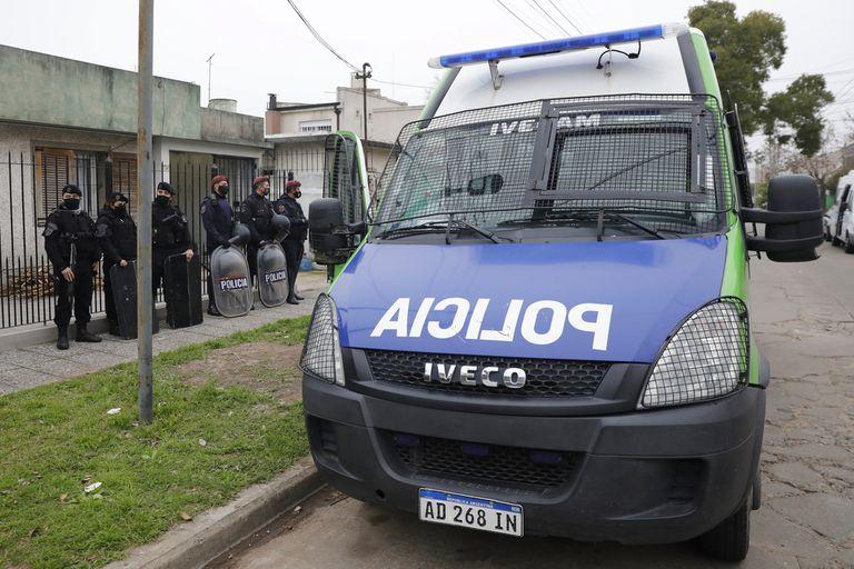 La policía bonaerense estableció una custodia en la vivienda de Jorge Ríos luego de las amenazas recibidas por su familia