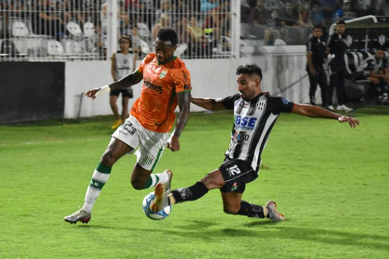 Central Córdoba-Banfield: un empate que no le sirve a ninguno