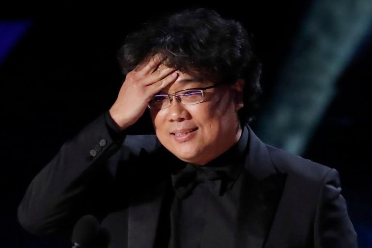 Bong Joon-ho hace casi un año, cuando se enteraba que su film Parasite había ganado el premio a mejor película en el Oscar