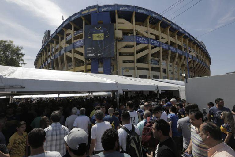 Elecciones en Boca: por qué es casi imposible que voten 40.000 socios en 9 horas