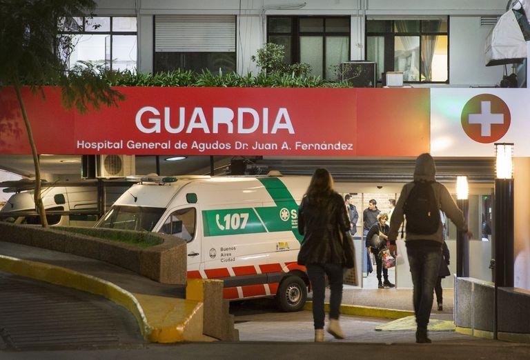 """El director del hospital Fernández opinó que, tras el anuncio del presidente sobre las nuevas restricciones, """"prácticamente estamos en Estado de sitio"""""""