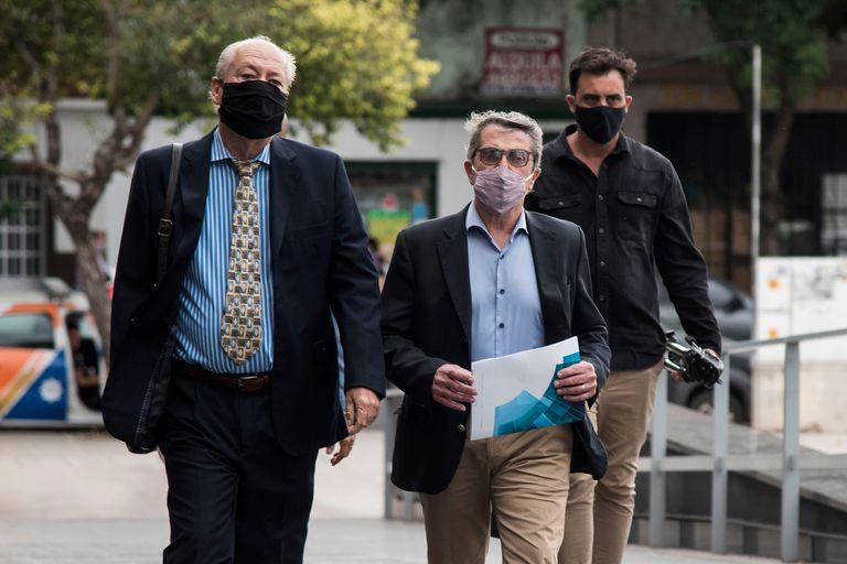 El senador Armando Traferri fue acusado por un fiscal -que aceptó cobrar coimas- de ser el intermediario entre un empresario del juego clandestino y la Justicia para el pago de sobornos