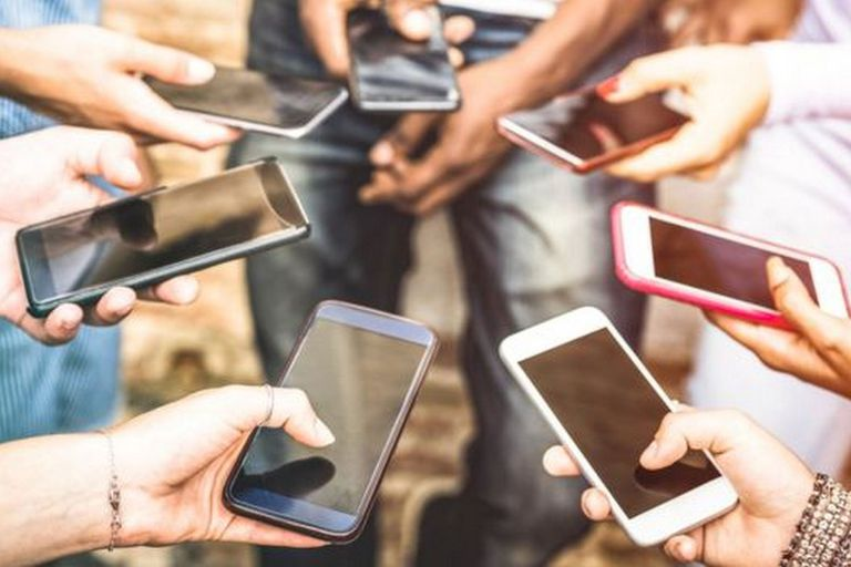 ¿Cuánta información das en internet sobre ti? Presta atención a los datos personales