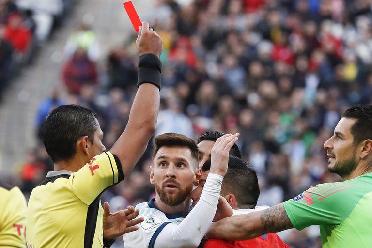 Messi y su expulsión ante Chile