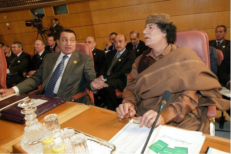 Ben Ali con Muammar Khadafy, en una cumbre de la Liga Árabe