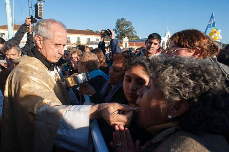 Más de dos millones de personas marcharon a pie desde Liniers hasta la basílica de la Virgen este fin de semana