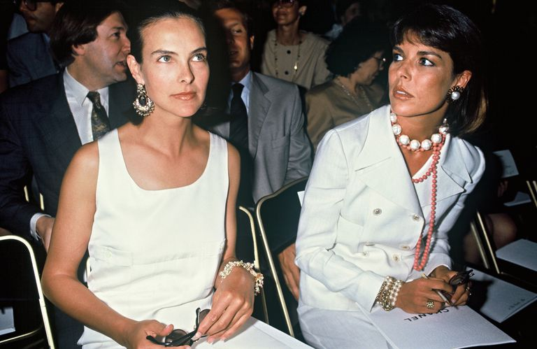 Las madres de ambos, la princesa Carolina y Carole Bouquet, son amigas desde hace décadas.