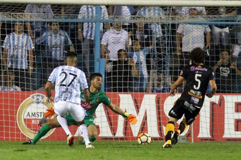 Atlético Tucumán-The Strongest: el Decano goleó y sueña con la clasificación
