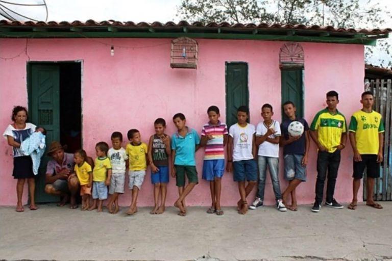 """Tiene 14 hijos y todos se llaman con nombres de futbolistas que empiezan con """"R"""""""