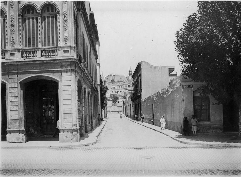 El Pasaje Seaver en 1926, cuando la Av. del Libertador todavía se llamaba Leandro N. Alem. Fue así hasta 1950.