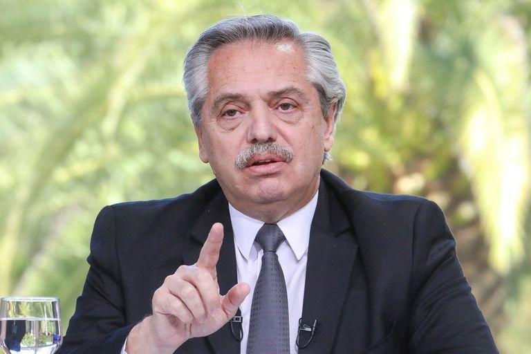 """Alberto Fernández: """"No podemos seguir pagando el IFE y el ATP a todos"""""""