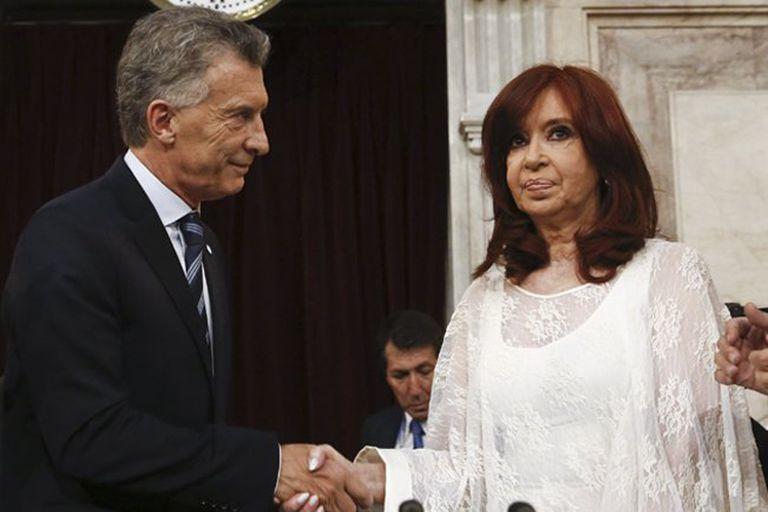 Correo Argentino. Macri teme que el kirchnerismo vaya por sus hijos