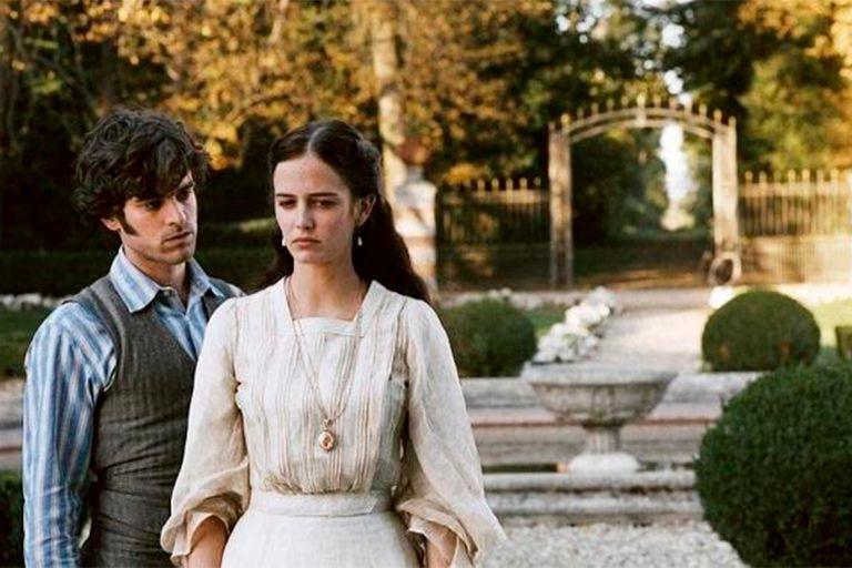 Romain Duris y Eva Green, en la adaptación que llegó al cine en 2004
