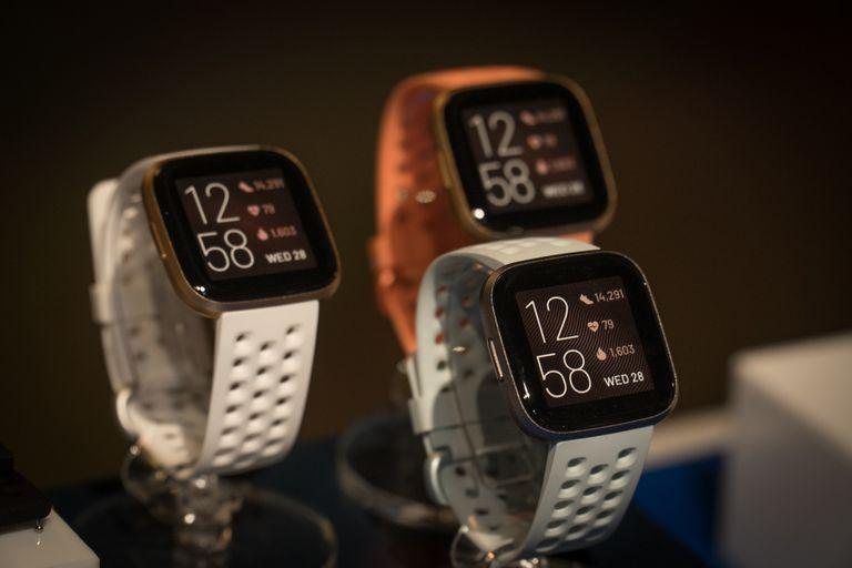 Los Fitbit Versa 2 y otros relojes serán capaces de medir la oxigenación en sangre gracias a una actualización de su firmware