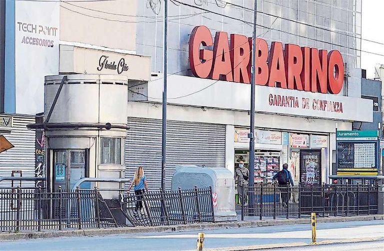 Comercio en crisis. Garbarino cierra sus cuatro locales en Rosario