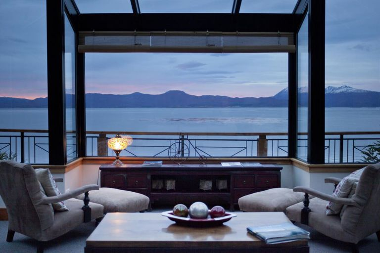 El hotel Los Cauquenes, de Ushuaia, mantiene a sus empleados de guardia para cuidar todos los detalles