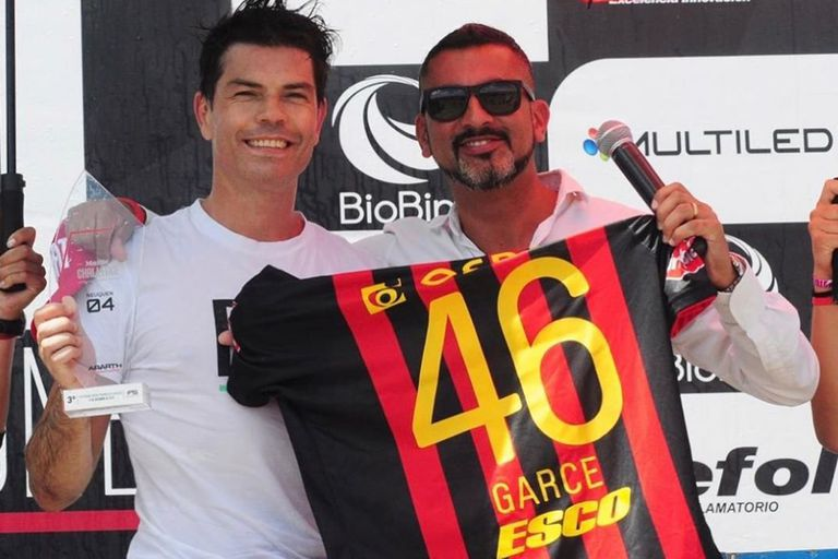 Con la camiseta de Colón y el número 46, de su admirado motociclista Valentino Rossi