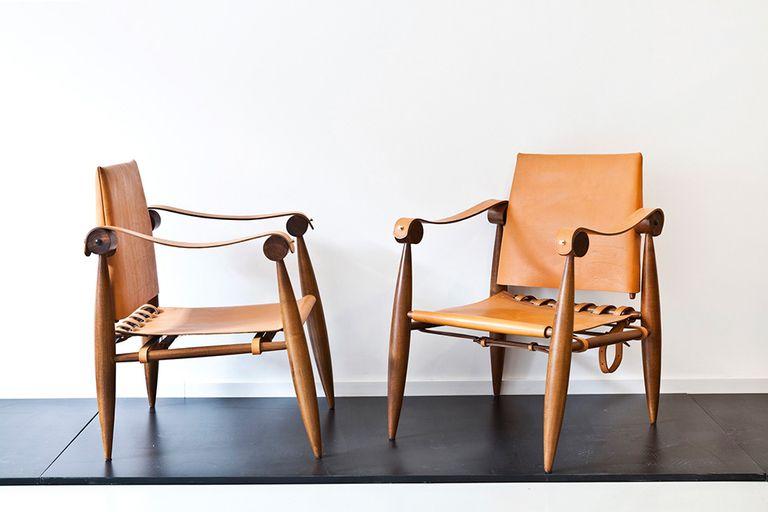 Arqueólogos de diseño: Dos arquitectos re-editan sillas de emblemáticos autores