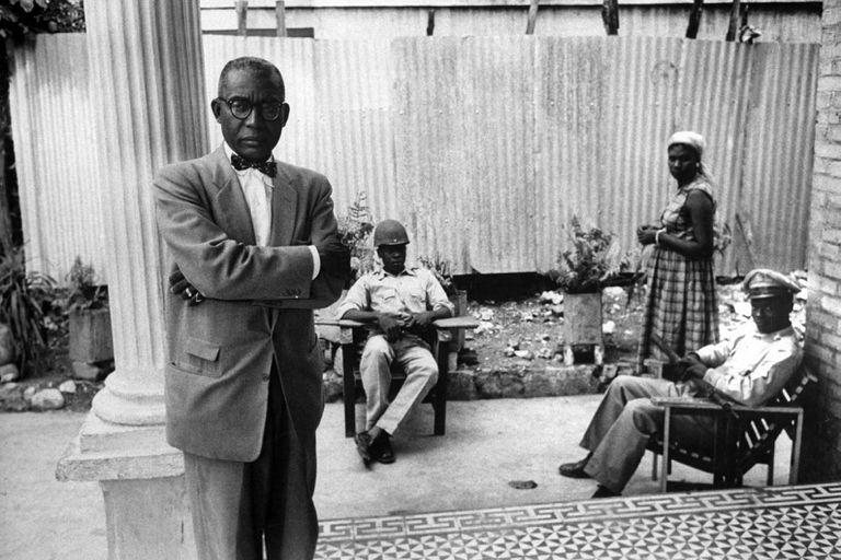 El culto a la personalidad le permitió a Duvalier perpetuarse en el poder desde hasta su muerte en 1971