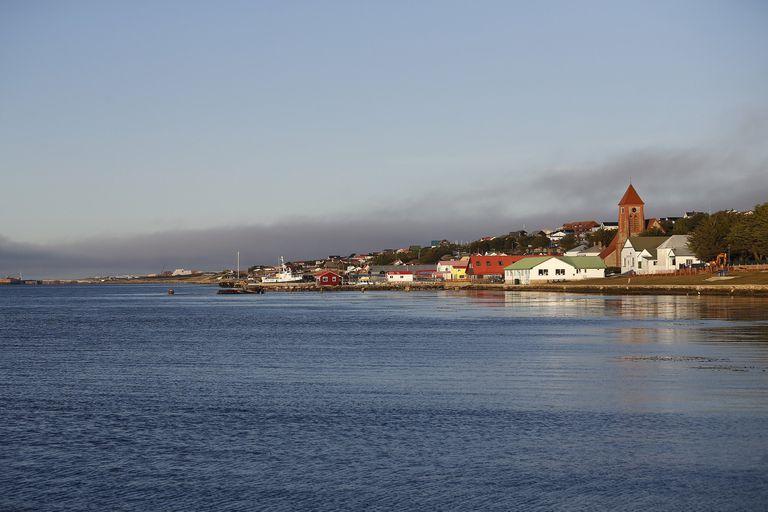 En las Islas Malvinas sus habitantes celebran como día patrio el 14 de junio, el aniversario de la recuperación del archipiélago por parte de las fuerzas militares británicas