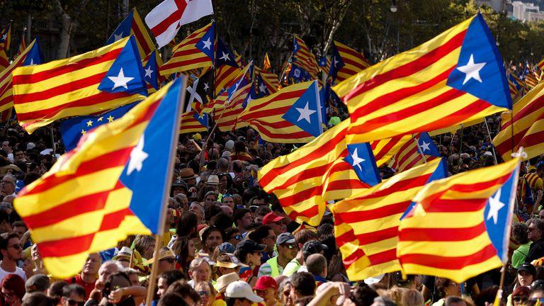 Serrat se metió en la polémica por la independencia de Cataluña y lo tildaron de fascista