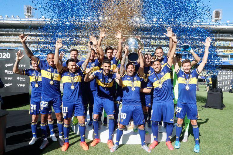 Boca campeón: como fue la premiación 258 días después y la medalla a De Rossi
