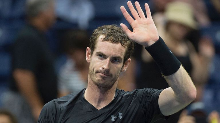 Murray superó su debut sin problemas