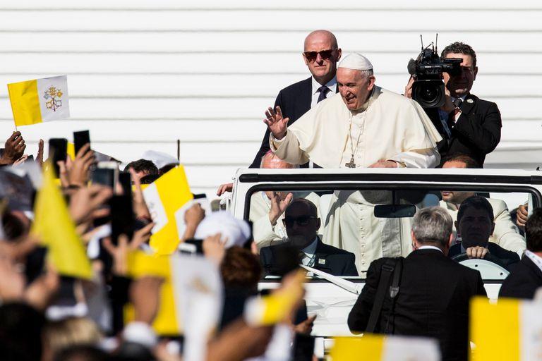 Venezuela: el Papa no descartó una mediación pero solo si lo piden ambas partes