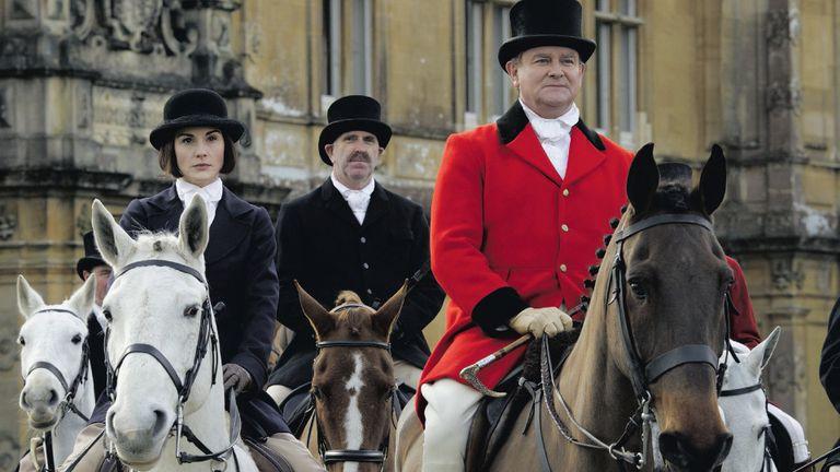 Lady Mary y el conde Crawley, de caza