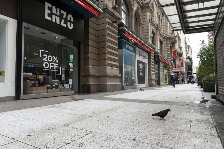 Efecto coronavirus: la peatonal Florida vacía