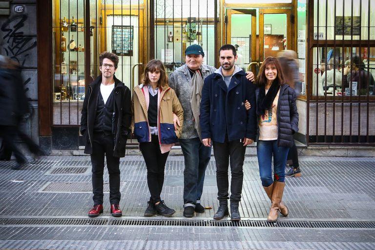 Peto Menahen, Camila Fabbri, Fernando Noy, Gonzalo Heredia y Silvia Arazi