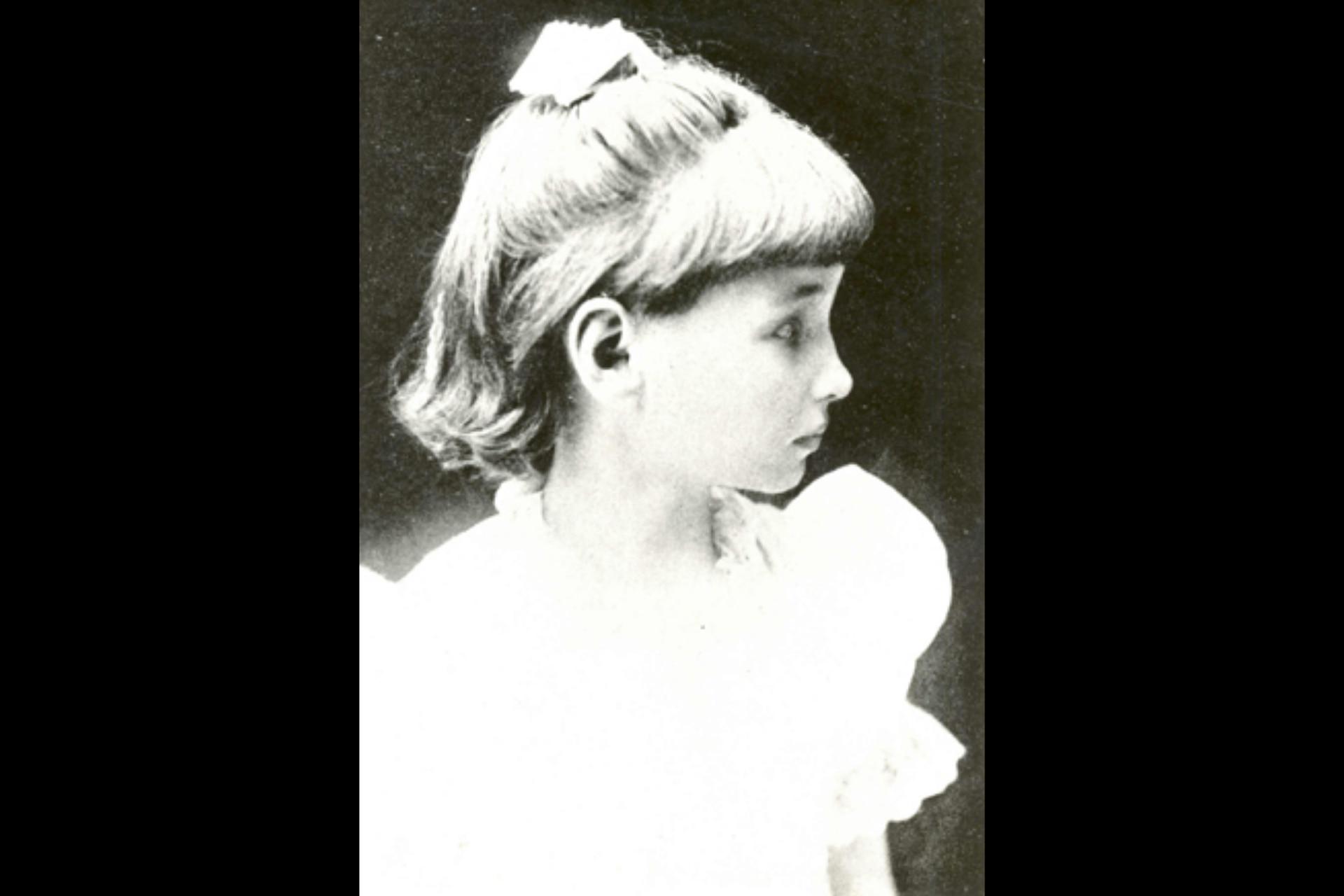 Helen a los siete años