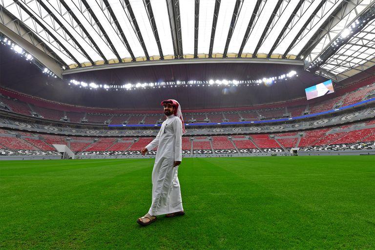 Mundial 2022: Qatar niega los sobornos, pero admite muertes en sus obras