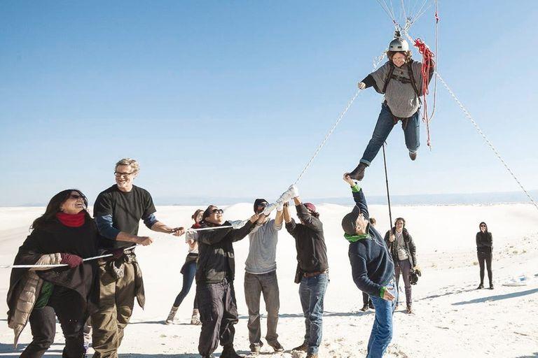 Hace unos meses hizo realidad su sueño de concretar el primer vuelo humano sin combustibles fósiles