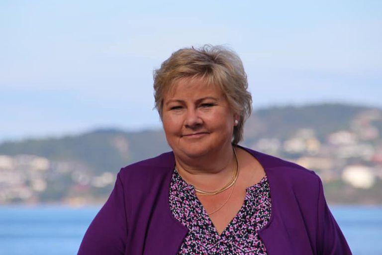 Noruega: investigan a la primera ministra por violar restricciones en su  cumpleaños