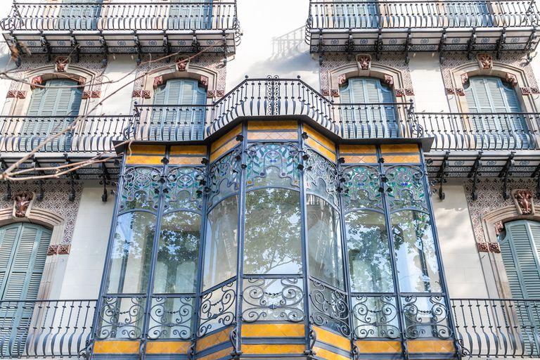 Creó una inmobiliaria en el país y desembarcó en Europa vendiendo una mansión icónica