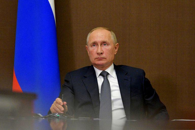 Vladimir Putin vuelve a acercarse a Bolivia: prometió cooperar con Arce