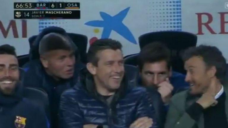 Leo habla y todos sonríen, tras el gol de Masche