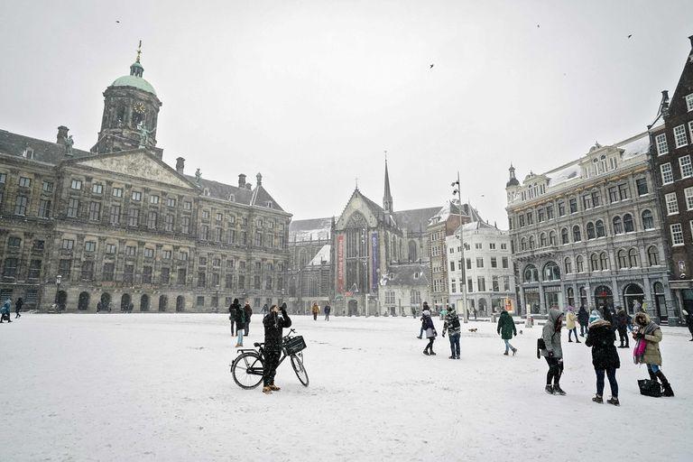 Holanda, toda cubierta de nieva por primera vez en diez años