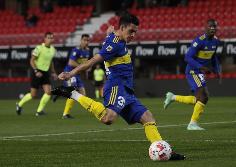 Cristian Pavón se reencontró con el gol frente a Platense, pero aun está lejos de su mejor nivel