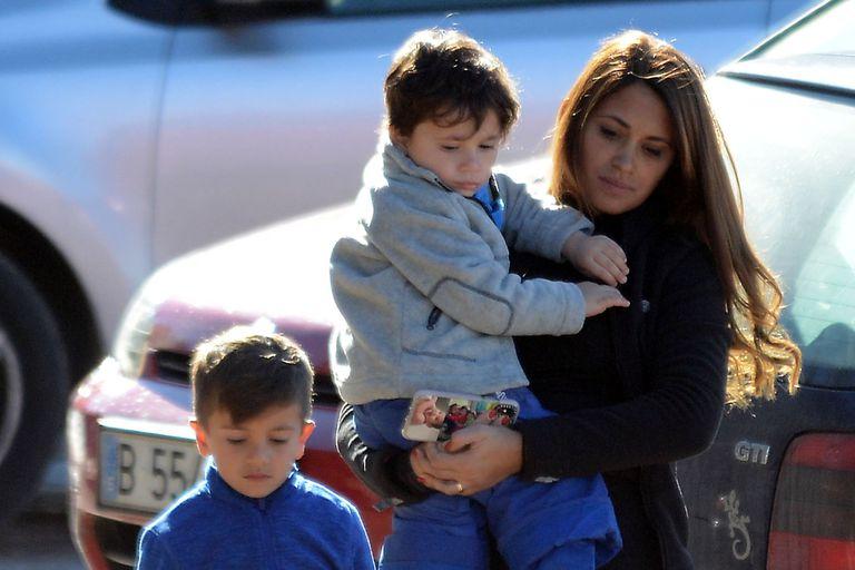 La escapada a la nieve de Antonela Roccuzzo y sus hijos, Thiago y Mateo Messi