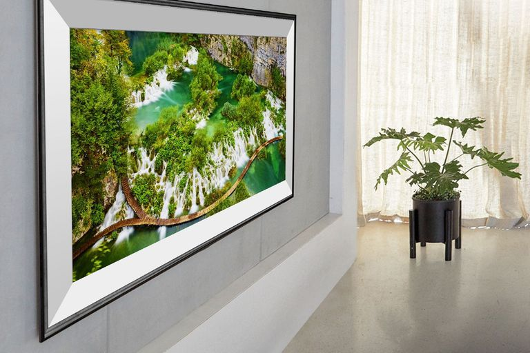 En la CES 2020, LG presentó varias pantallas 8K, incluyendo modelos que por su mínimo grosor pueden colgarse de la pared como un cuadro