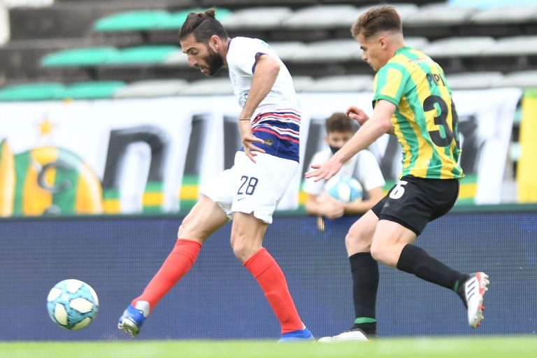 Ignacio Piatti tuvo una mala salida de San Lorenzo, que le rescindió unilateralmente el contrato; todavía hay una deuda con el jugador