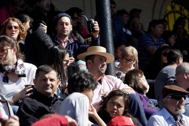 El último día de la exposición rural de Palermo fue a pleno sol y con actividades en la pista central
