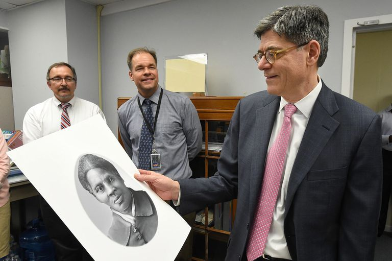 El proyecto de poner en circulación billetes con la imagen de Harriet Tubman se pospuso