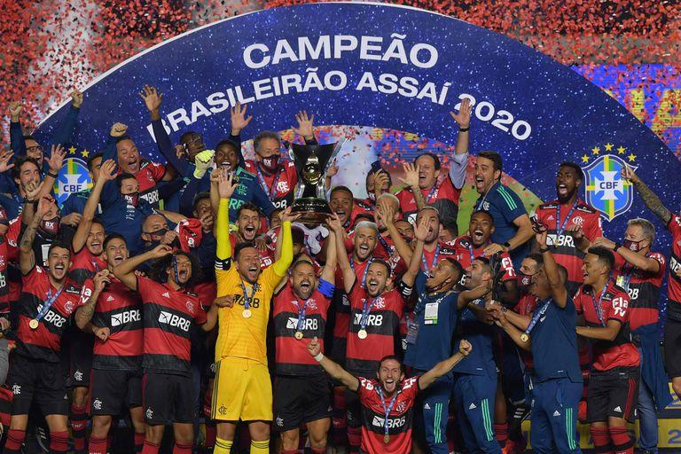 Brasileirao: Flamengo, otra vez campeón en un final infartante