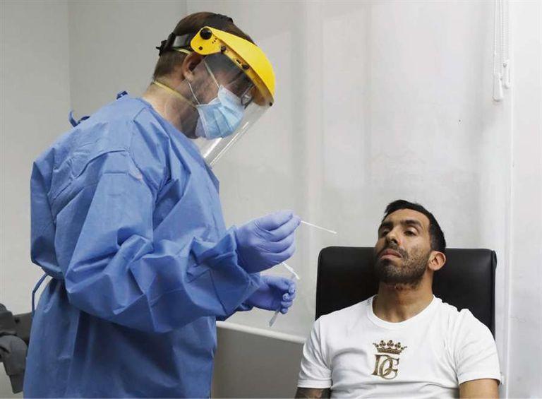 Carlos Tévez, al igual que todos los jugadores de Boca, se testeó para volver a los entrenamientos