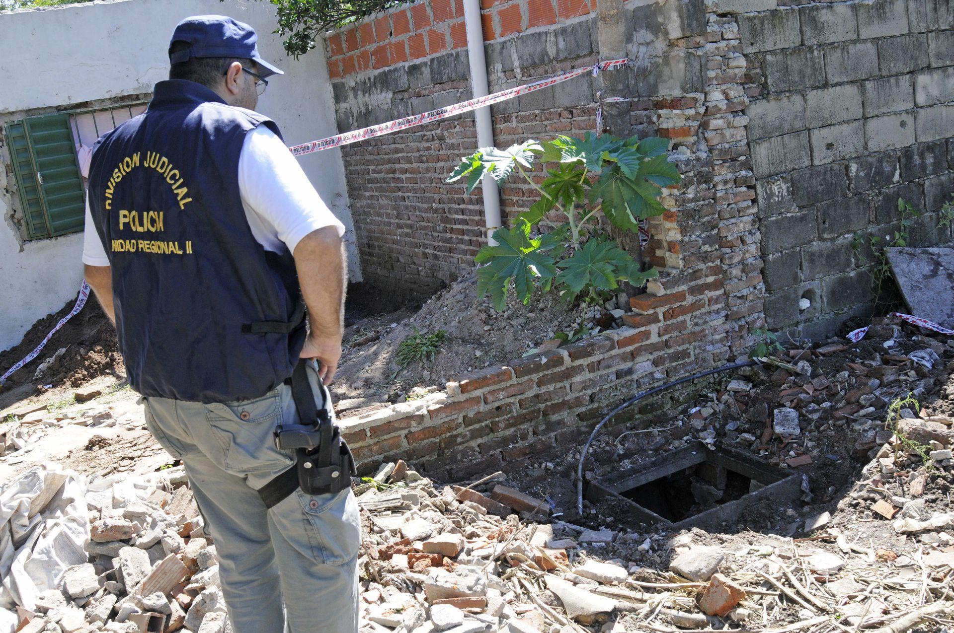 Operativo por el hallazgo de un túnel de 300 metros de longitud, que presumiblemente usaban Los Monos para escapar