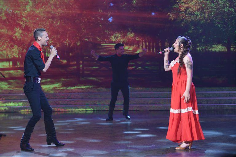 Cantando 2020: Rodrigo Tapari y Rocío Quiroz se lucieron en el folklore